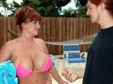 Brandy Dean's Busty 'N' Wet